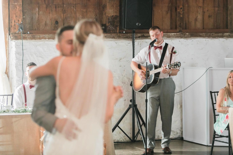 000032_Sam + Jesse - BLOG-00062_Niagara_Wedding_Photography_Daniel_Ricci_Balls_falls_Wedding_ryan_langdon.jpg