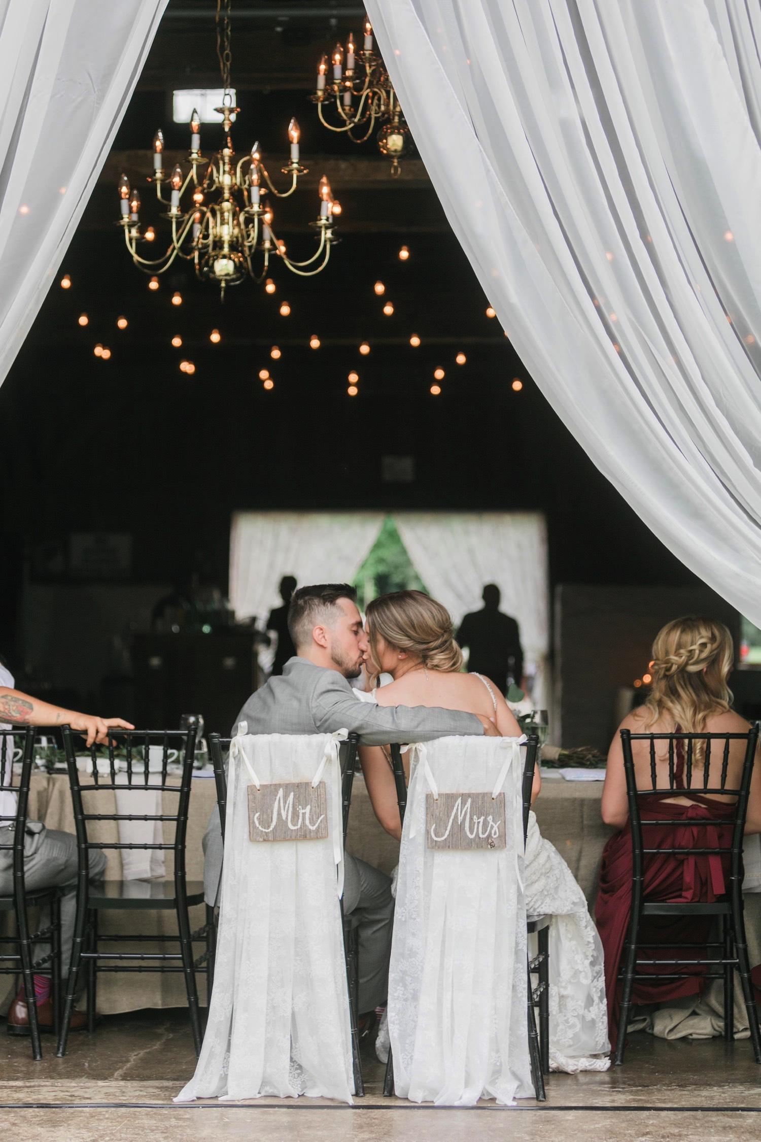 000038_Sam + Jesse - BLOG-00065_Niagara_Wedding_Photography_Daniel_Ricci_Balls_falls_Wedding.jpg