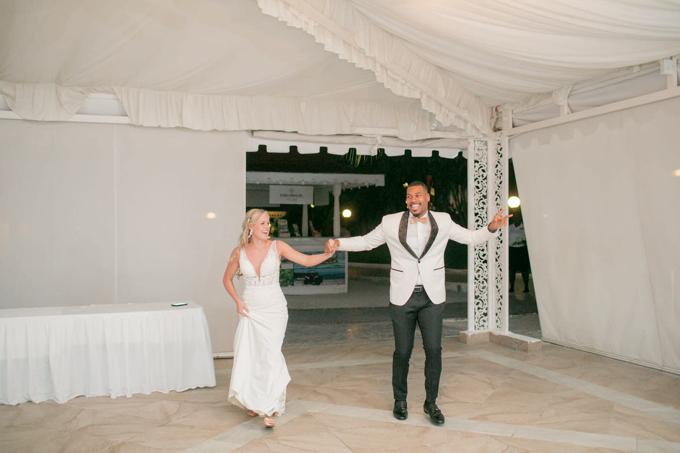 Ashley___Michael___Daniel_Ricci_Weddings_High_Res._Final_0362.jpg