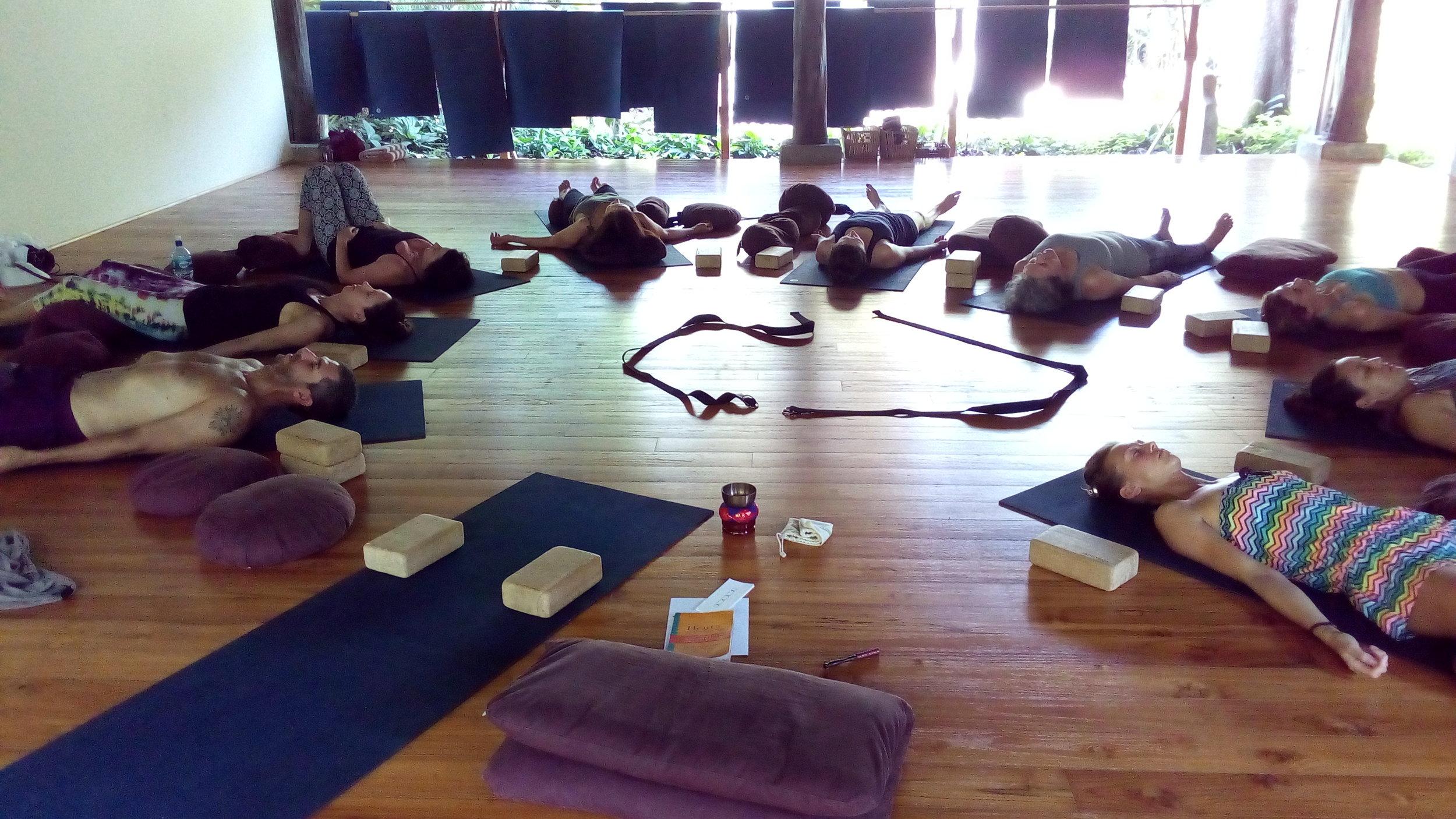 毎週教えていた、瞑想クラス。結局は、自分がプラクティスしていることしか、教えられない。You can share only what you practice.