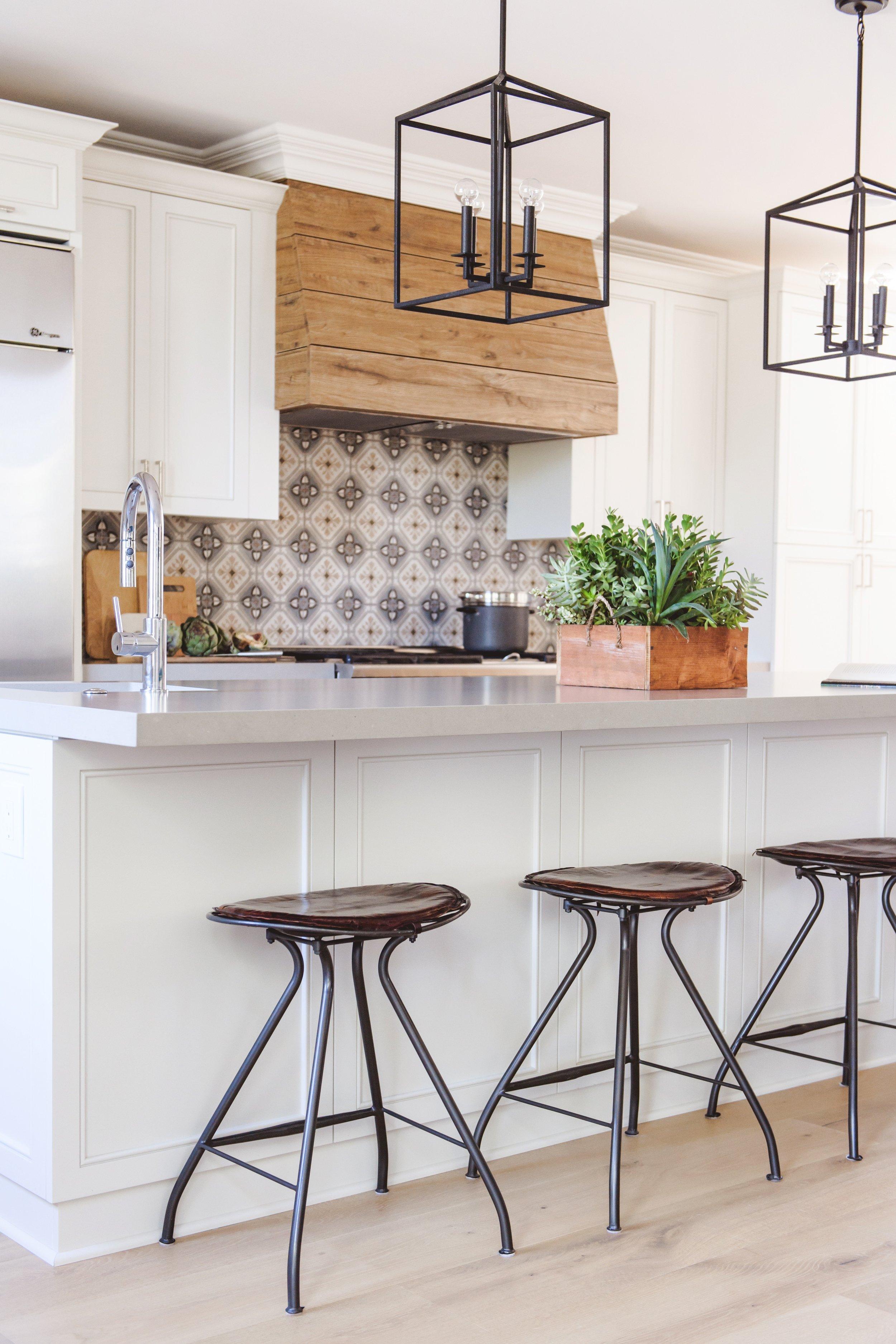 What Is Spanish Modern Savvy Interiors