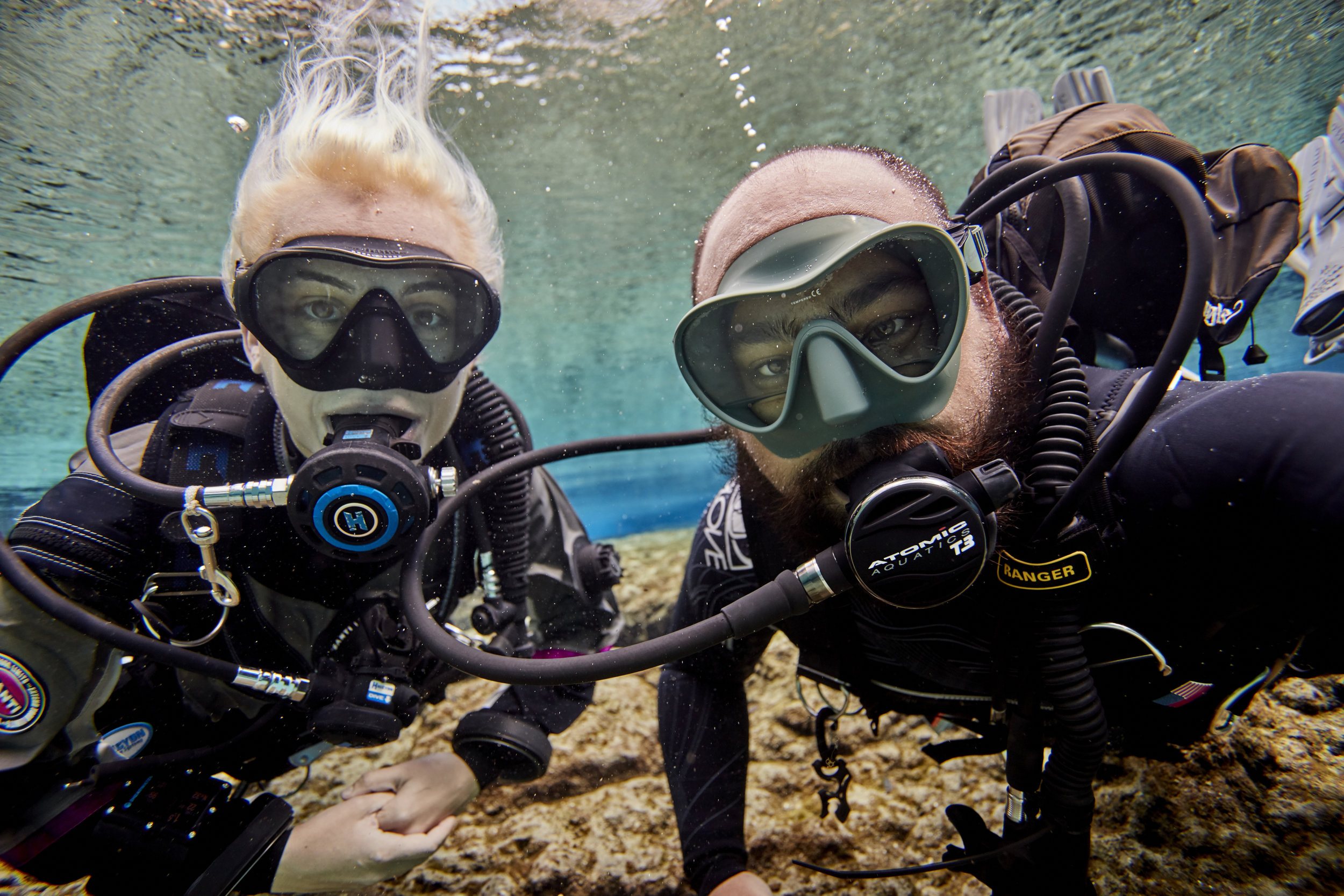 Daniel Tayenaka (right) Gemma Smith (left) on assignment shooting for PADI Worldwide took a quick selfie break