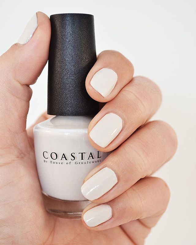 Coastal nail paint colour Wategos Beach // Hand poured and made with love 💗 Ecological & Cruelty free #coastalbyhouseofgruzlewski #waterbased #eco #nails #nailsonpoint #beauty #ecoproducts #australia #goldcoast