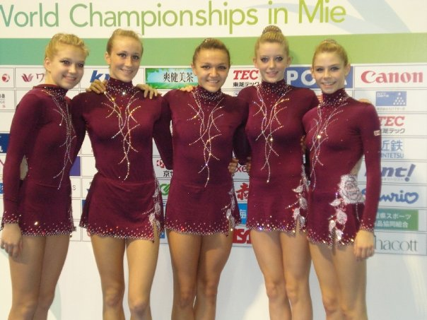 Rosie Cossa ,  Sasha Lukashova ,  Stefani Viinamae  and  Rylee Jane Haubrich  competing in Japan 2009 World Championships