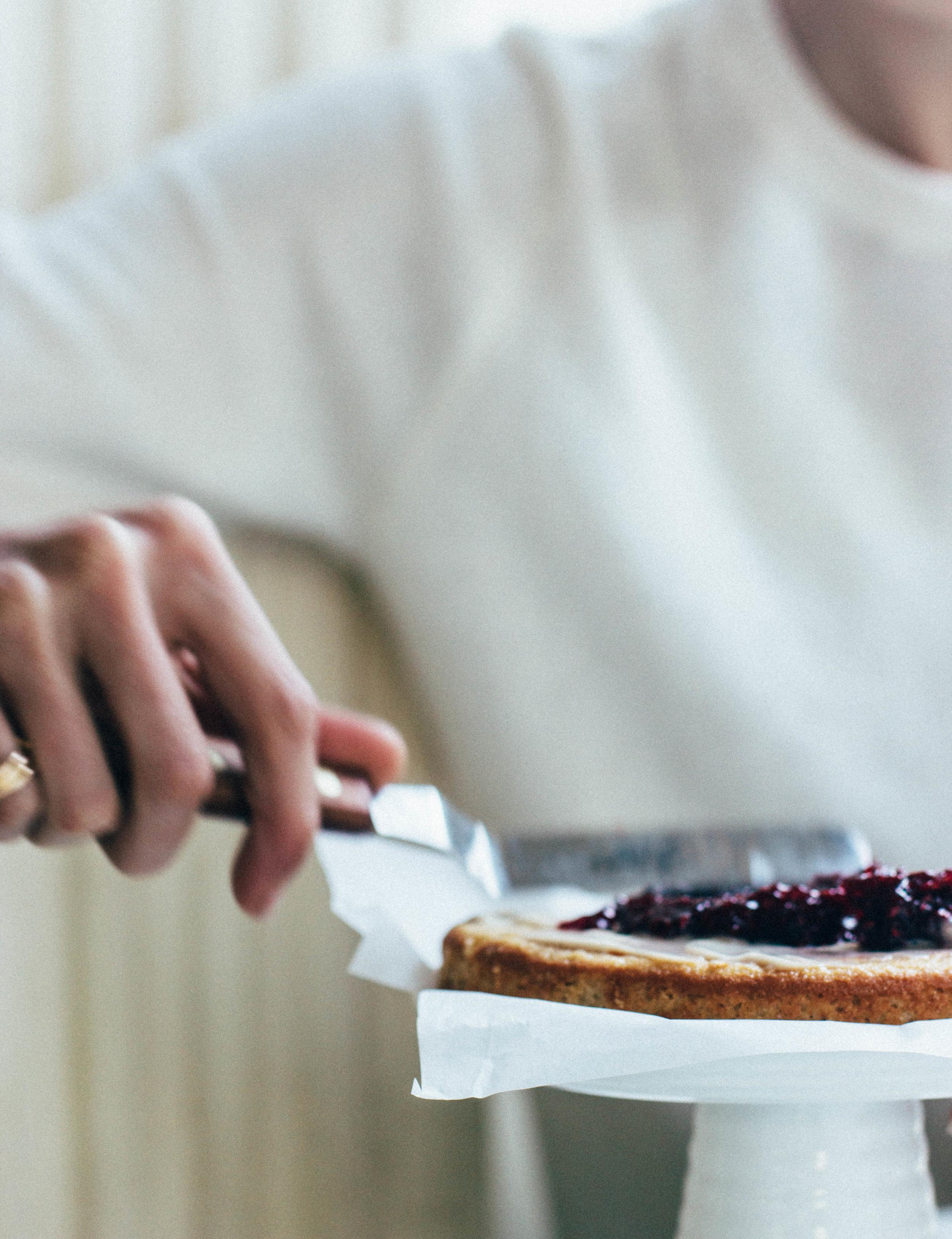 vanilla-bean-almond-cake-2-1.jpg