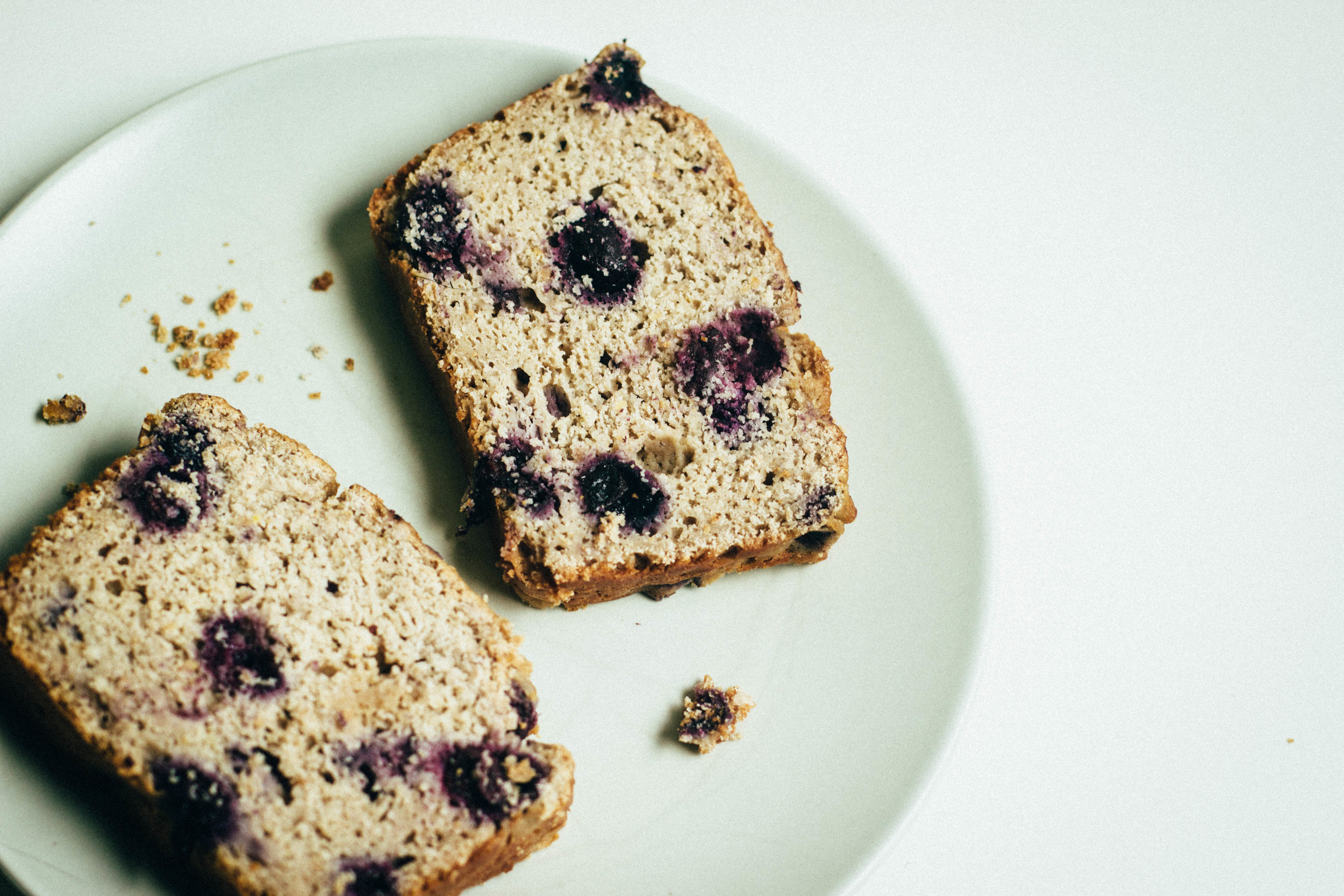 nutmeg and pear | gluten free + whole grain lemon-blueberry loaf cake (refined sugar free + dairy free easily)