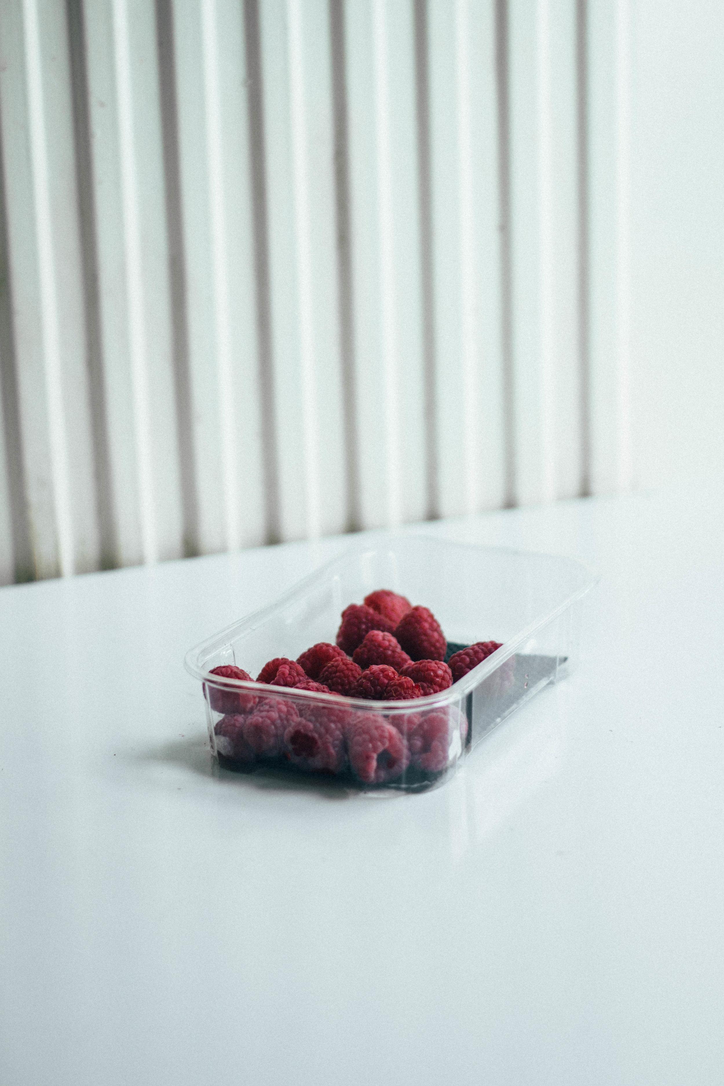 summer berry cake 3-1.jpg