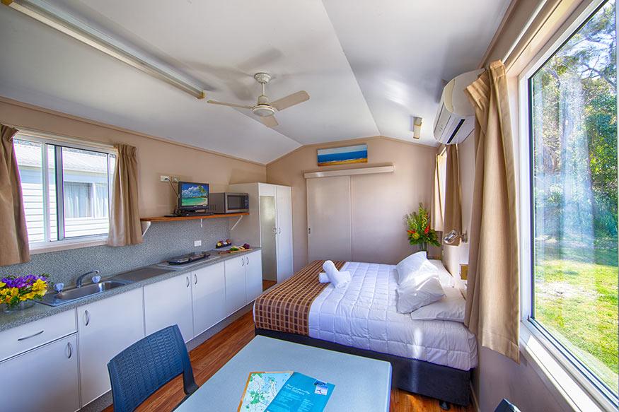 Standard-Cabin-Pic-2-from-front-door.jpg