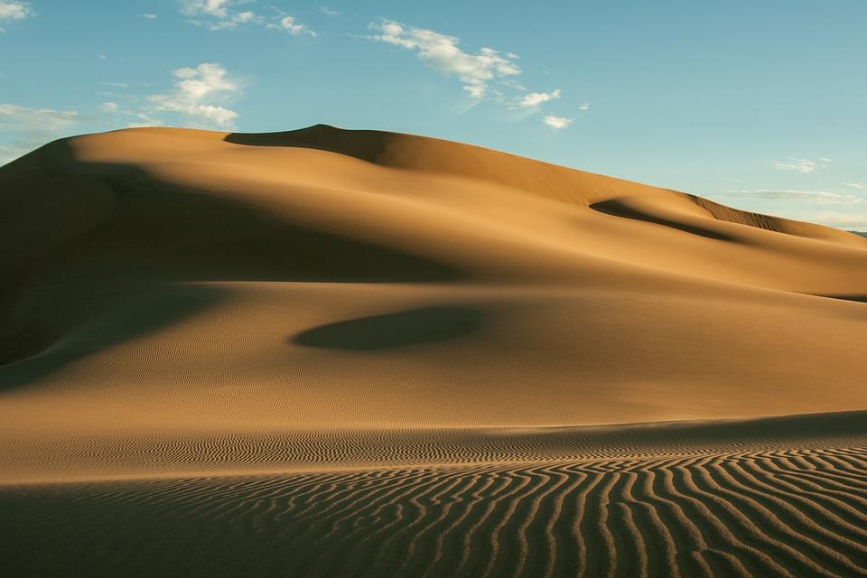 sand_dunes_stock.jpg
