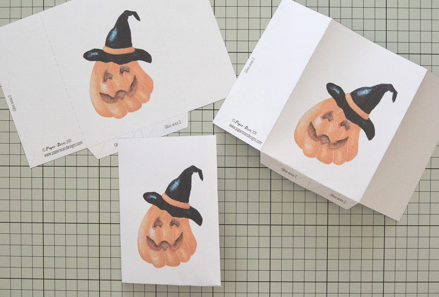 Paper-Roses | Printables | Free Halloween party bag | Folding the template