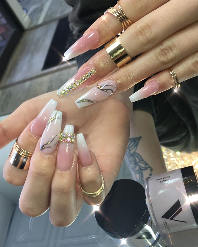 #nails on the stunning @shelbytriglia ✨✨✨✨✨✨✨✨✨✨✨✨Using @valentinobeautypure #acrylics and #swarovski from @daily_charme #marble done with @vetro_usa #black #gelpod with a touch of #goldleaf