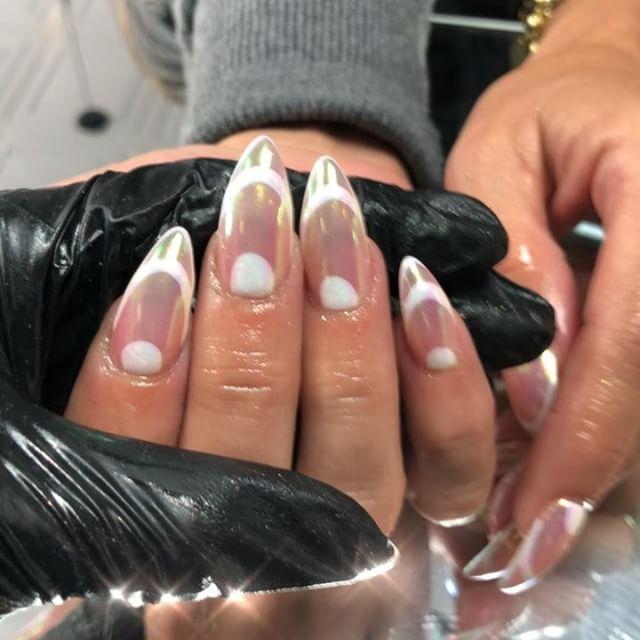 Final touches on the lovely @_jillstanleyboulanger ❤️. #nails #nailsofinstagram #unicorn #chrome #auburn #tacoma #bellevue
