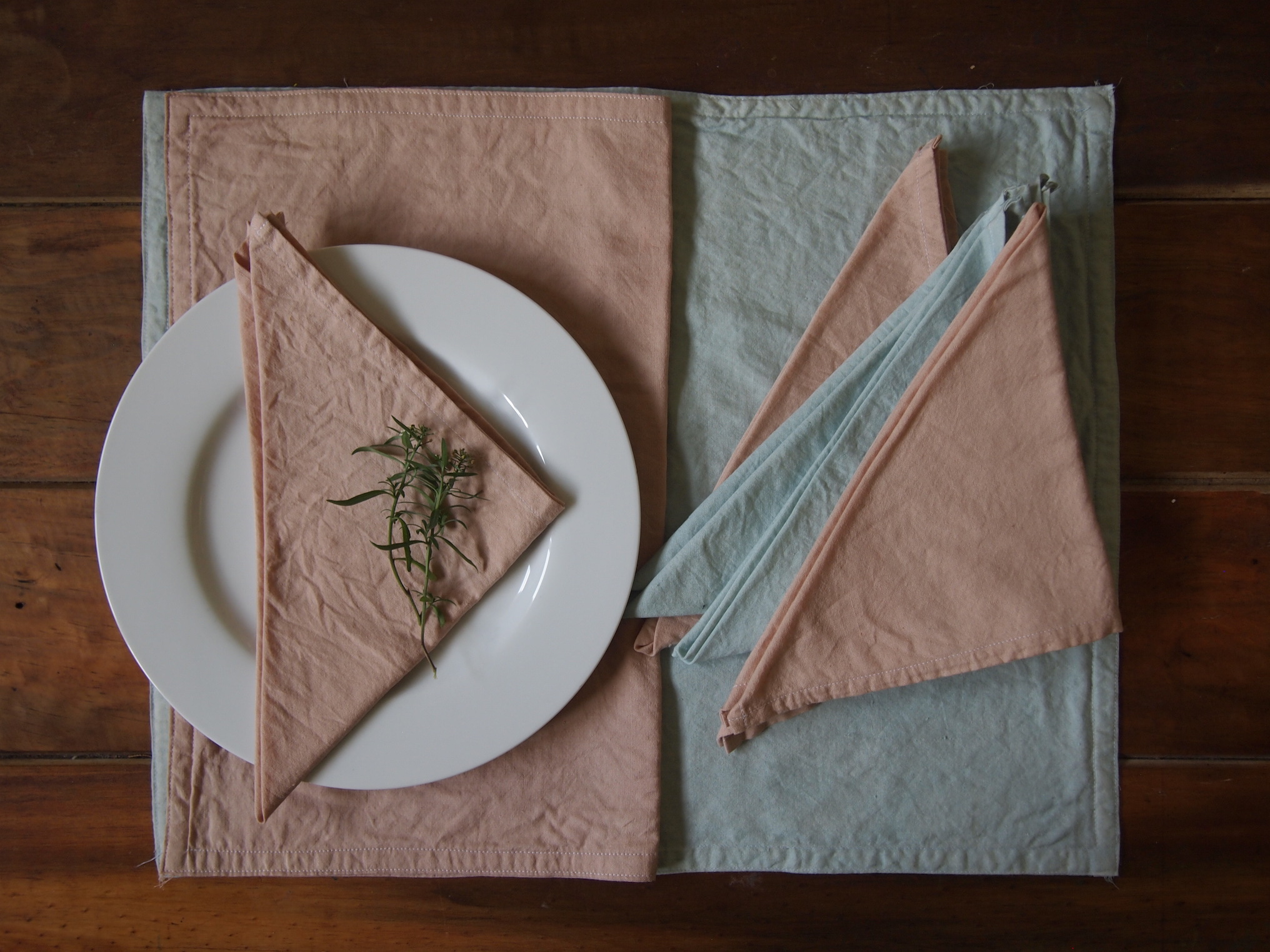 AMMA_Placemat_Tablesetting.JPG