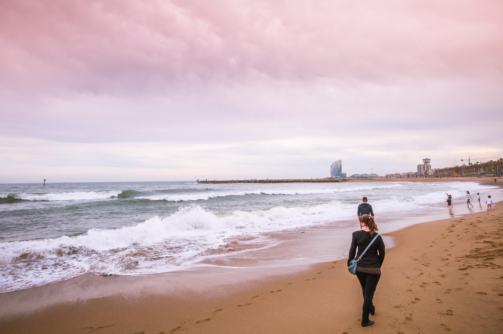 Barceloneta beach - Diriye Amey