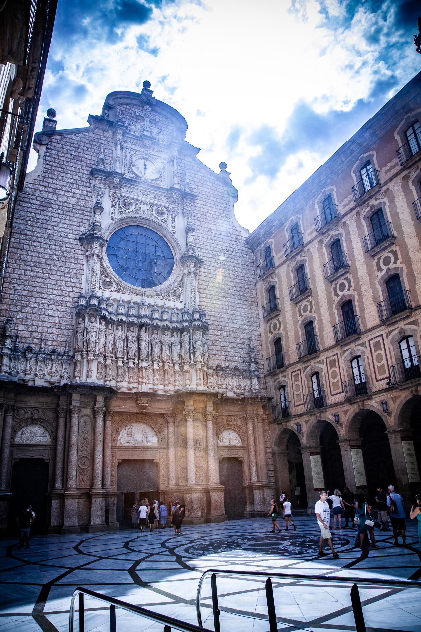 Montserrat Monastery - Alejandro Lorenzo