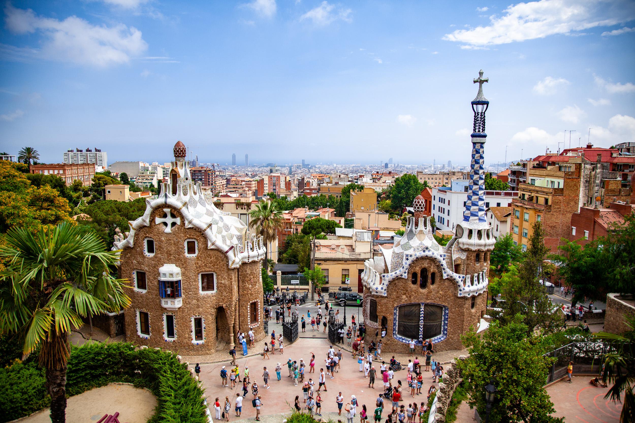 Gaudi's Park Güell Main Entrance - Alejandro Lorenzo