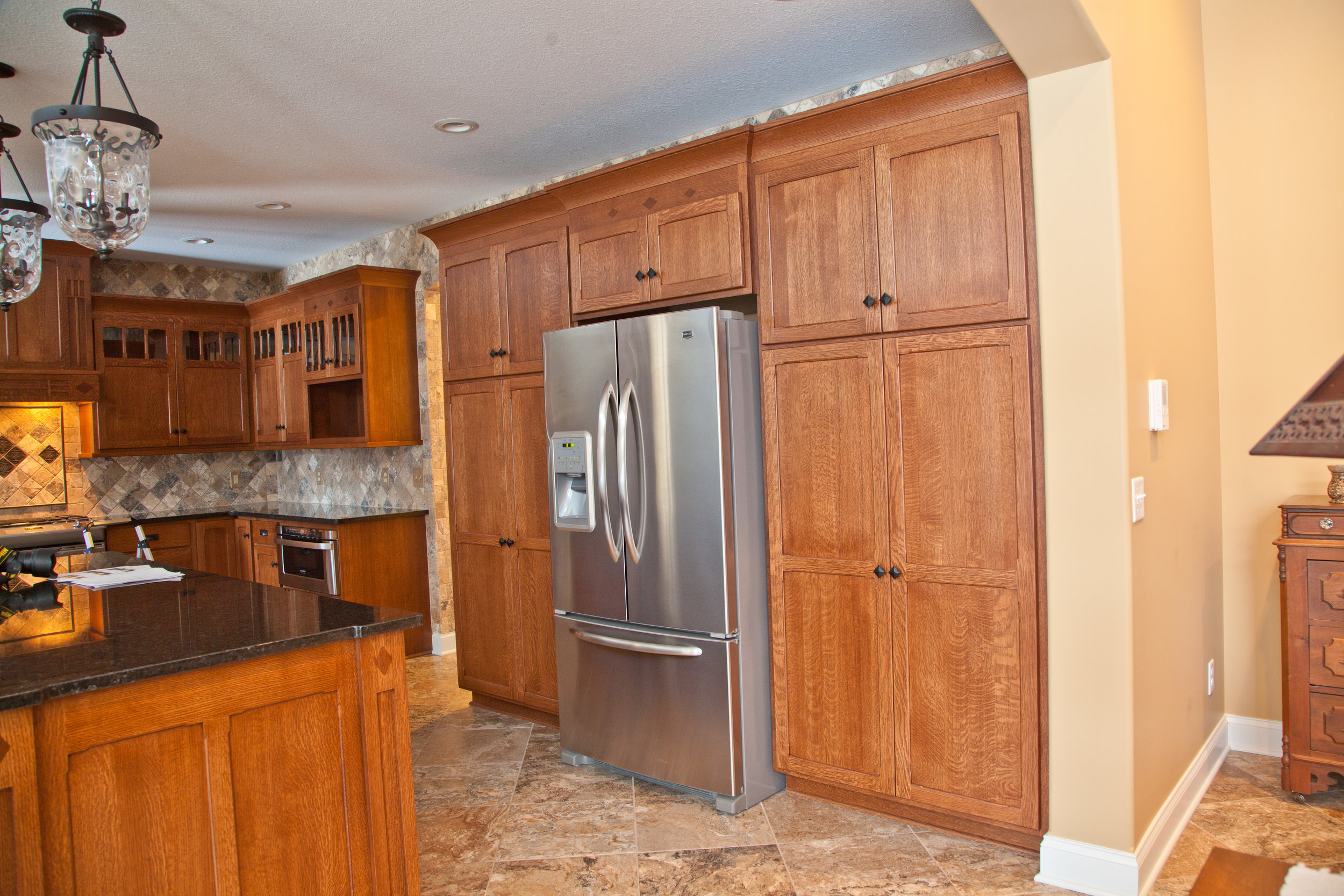 kitchen character cabinets