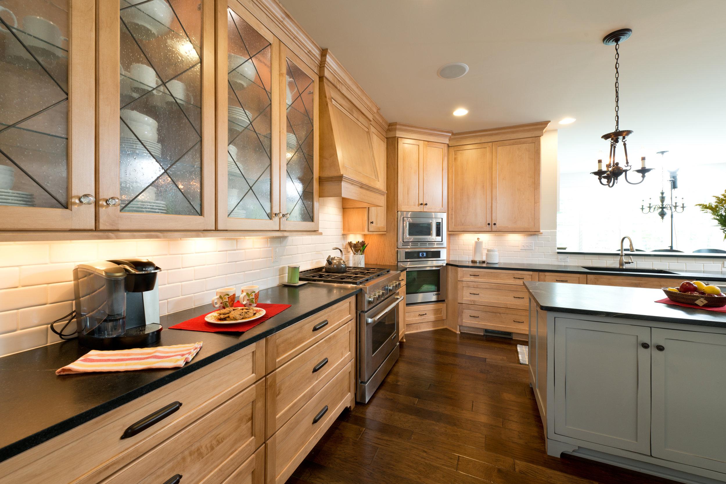 affordable kitchen furniture