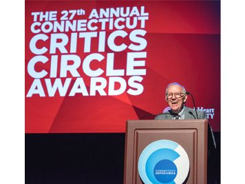 Michael Yeargan as a presenter in 2017 at the Connecticut Critics Circle Awards.