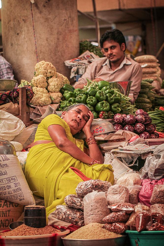 jeremyfenske_photography_video_bollywood_theater_india--8.jpg