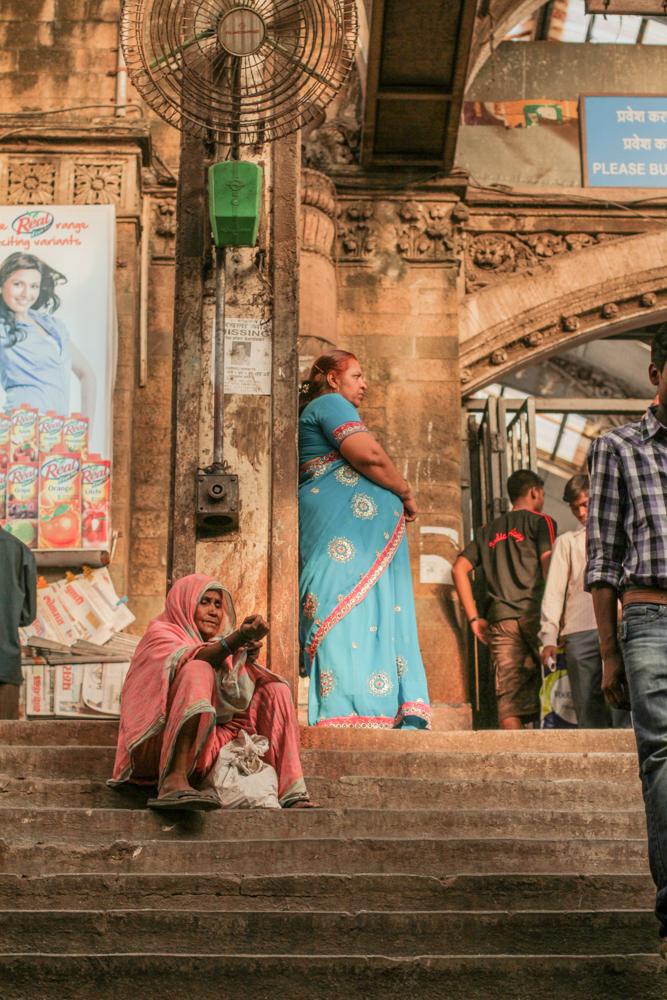jeremyfenske_photography_video_bollywood_theater_india--11.jpg