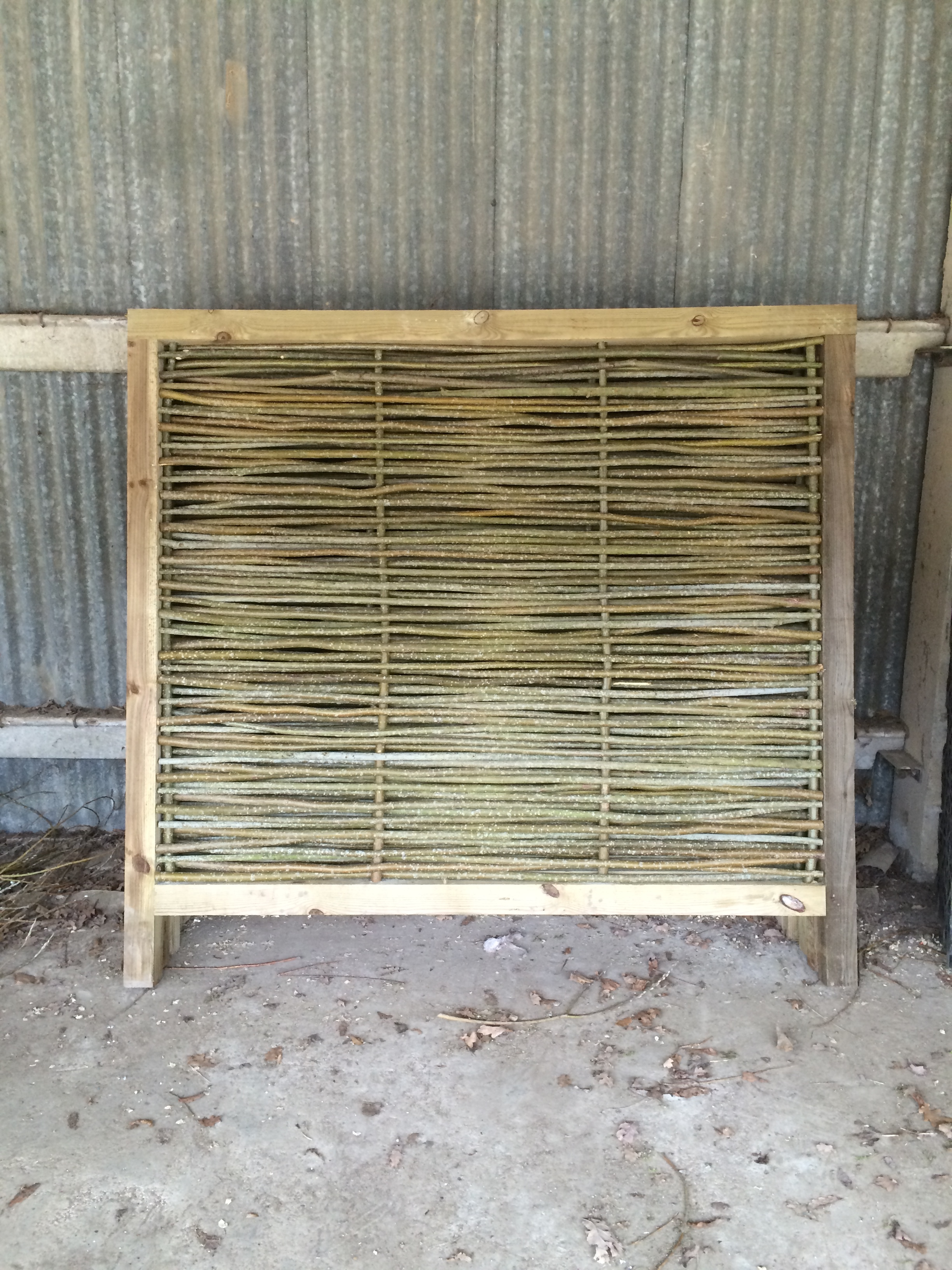 Woven willow panel/frame