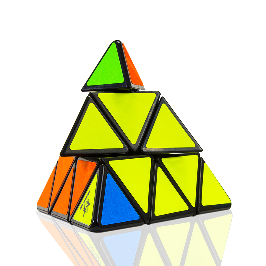 Pyraminx_2_Refelection.jpg