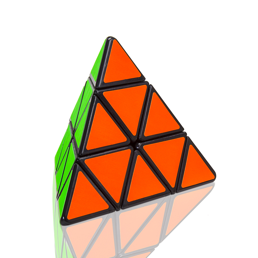 Pyraminx_1_Reflection.jpg
