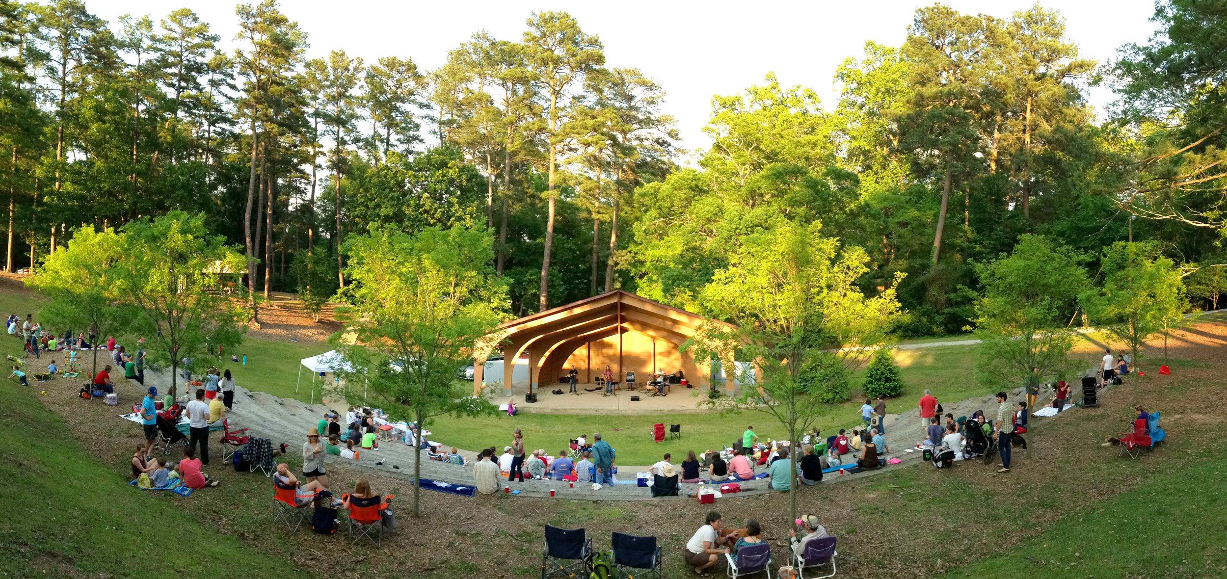 Amphitheater_Concert.jpg