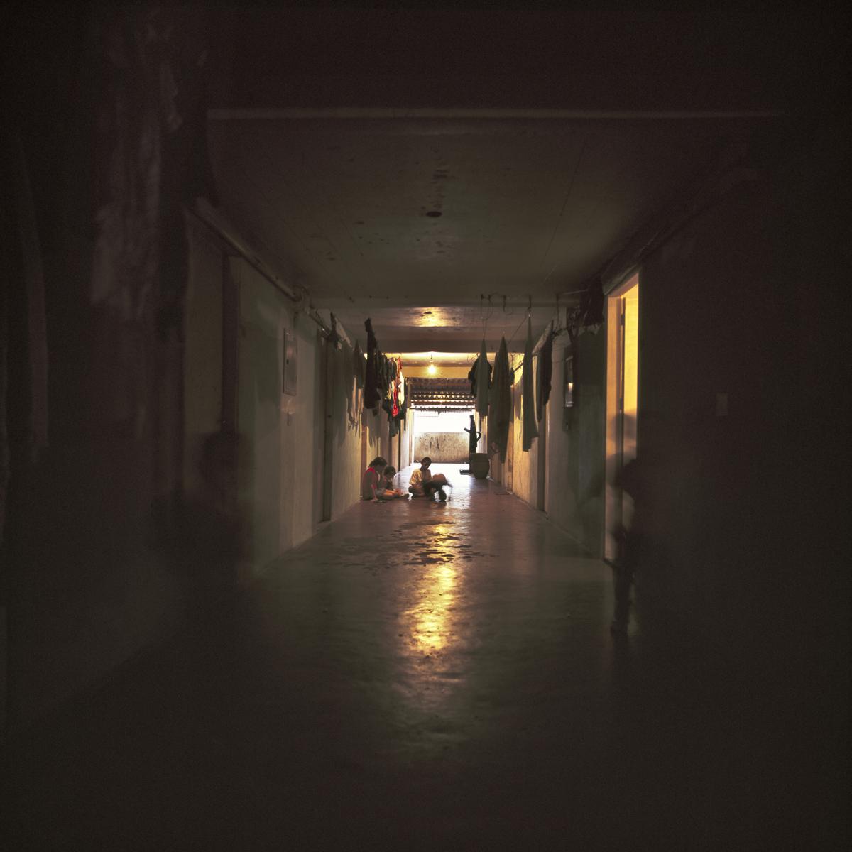 SP_Parisopolis_hallway3_12x12.jpg