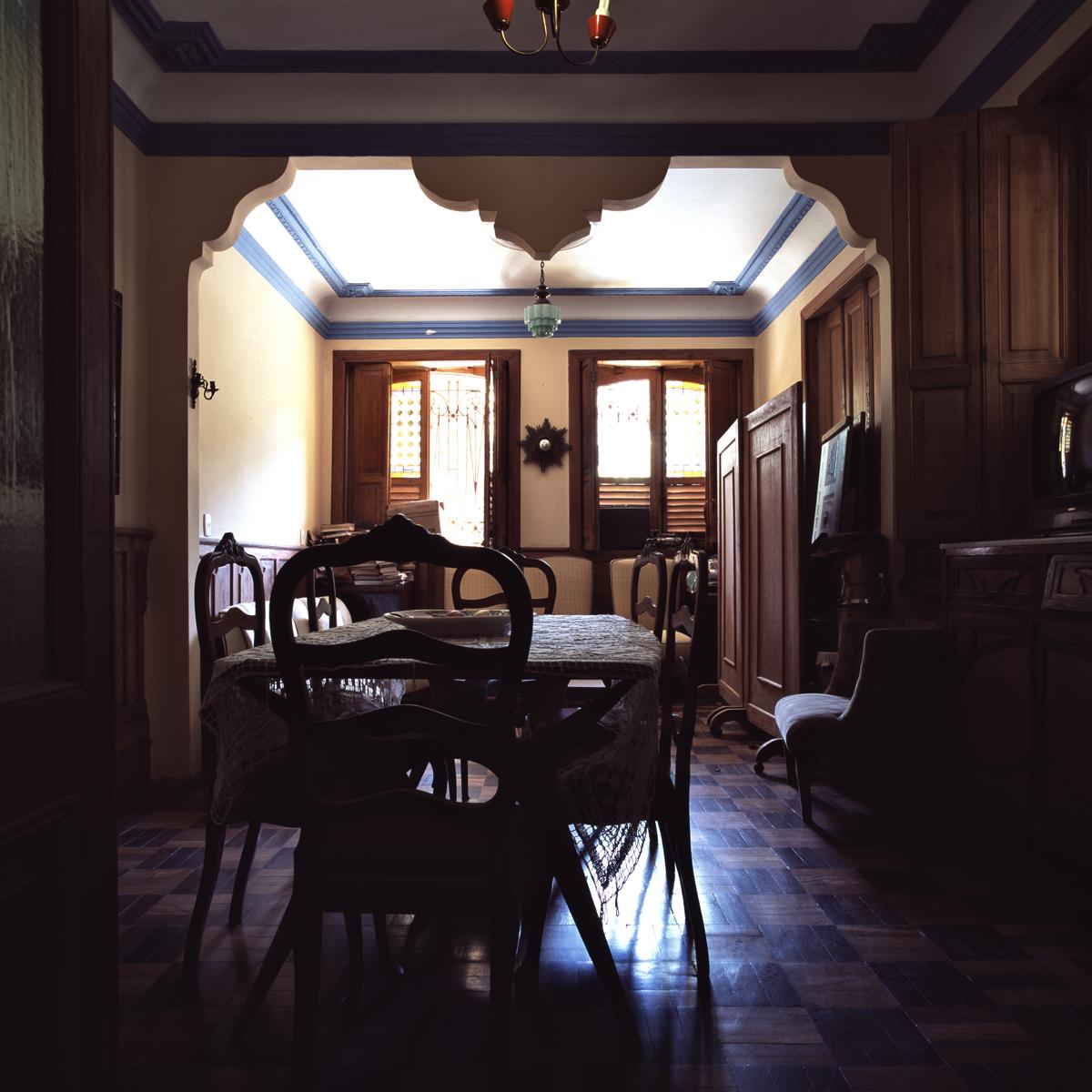 RJ_Apart69_Diningrm_12x12.jpg
