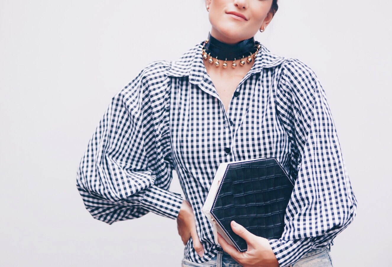 SISTERLYSTYLE   WEARING OUR   NEX CHOKER   AND THE TIMELESS BLACK & WHITE   MINI HEXA BAG  .