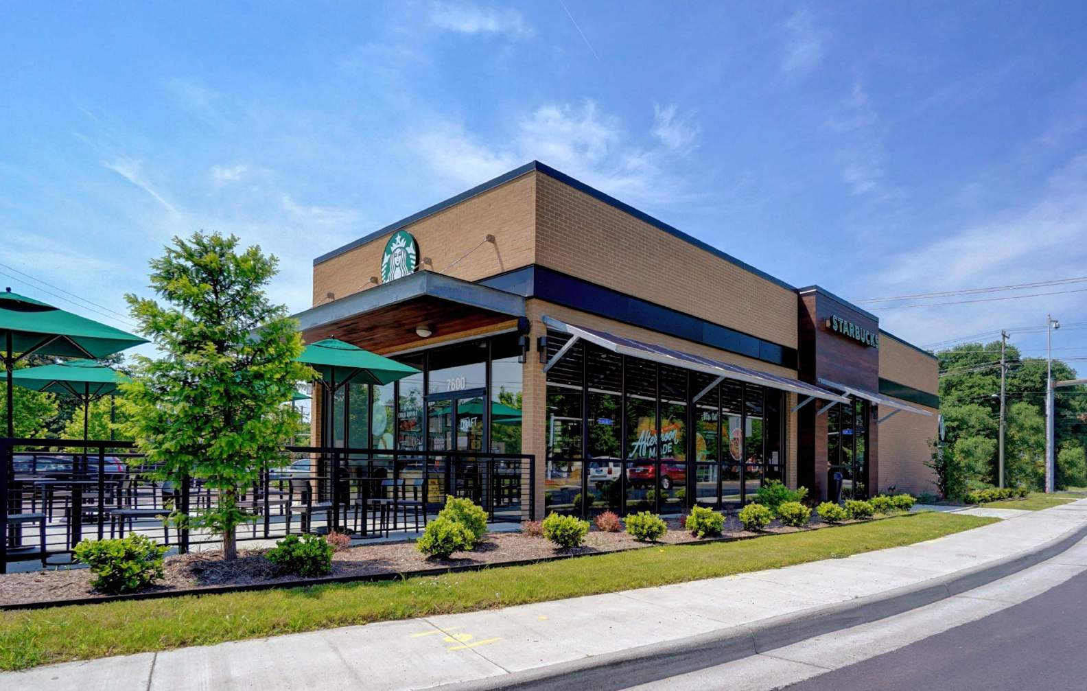 VA Norfolk - 7620 Hampton Blvd - Starbucks OM.jpg