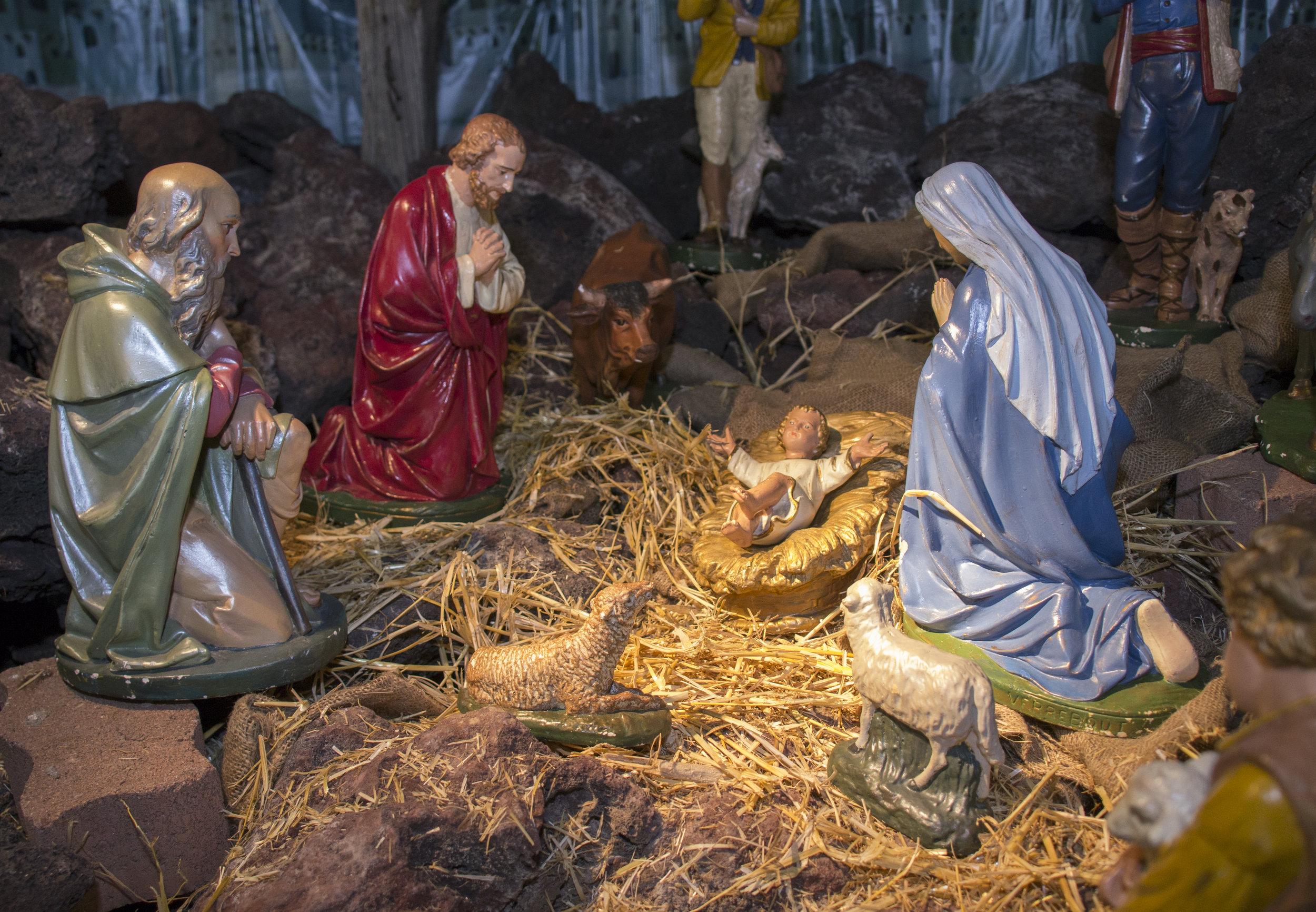 Christmas Scene Baby Jesus Manger.jpg