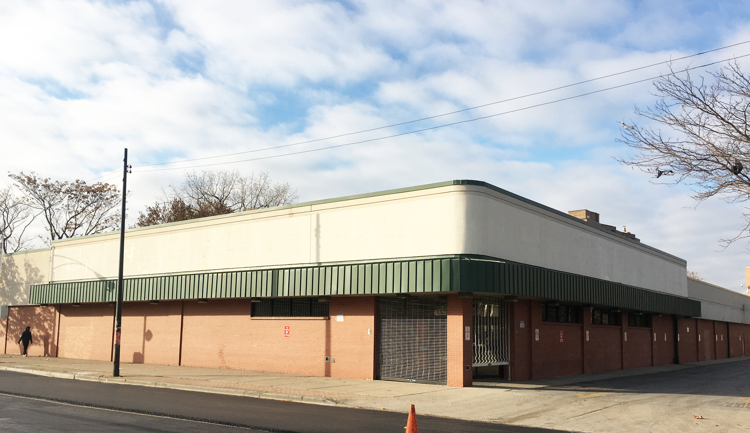 Former Walgreens space at 6330 S. King Drive