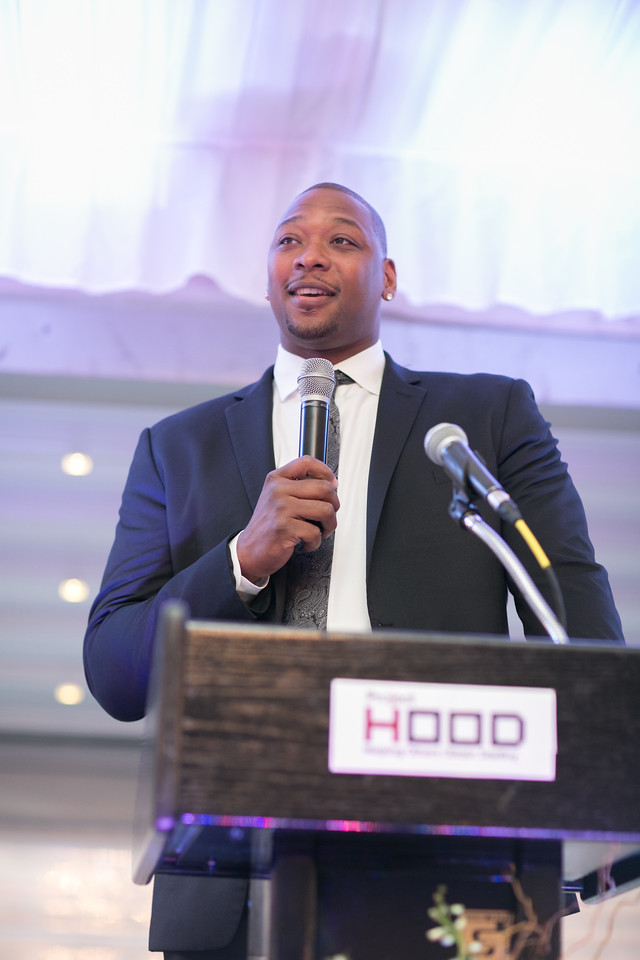 Former NBA Player Bobby Simmons announces a $1million matching gift for Project H.O.O.D. from his Rising Stars Endowment in partnership with former NBA Player Steve Francis and the Steve Francis Foundation.
