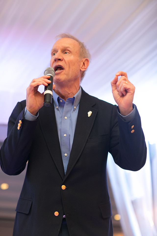 Honorary Gala Chairman, Illinois Governor Bruce Rauner, stayed for the entire evening and delivered remarks in support of Project H.O.O.D. Governor Rauner was accompanied by his wife, Mrs. Diana Rauner who was also an Honorary Gala Chairman.