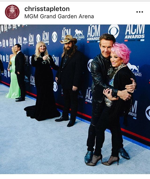 Our @thetanyatucker and @dennisquaidandthesharks turning heads at the @acmawards 😎#thereturnoftanyamothertucker #acmawards #tanyatucker #chrisstapleton
