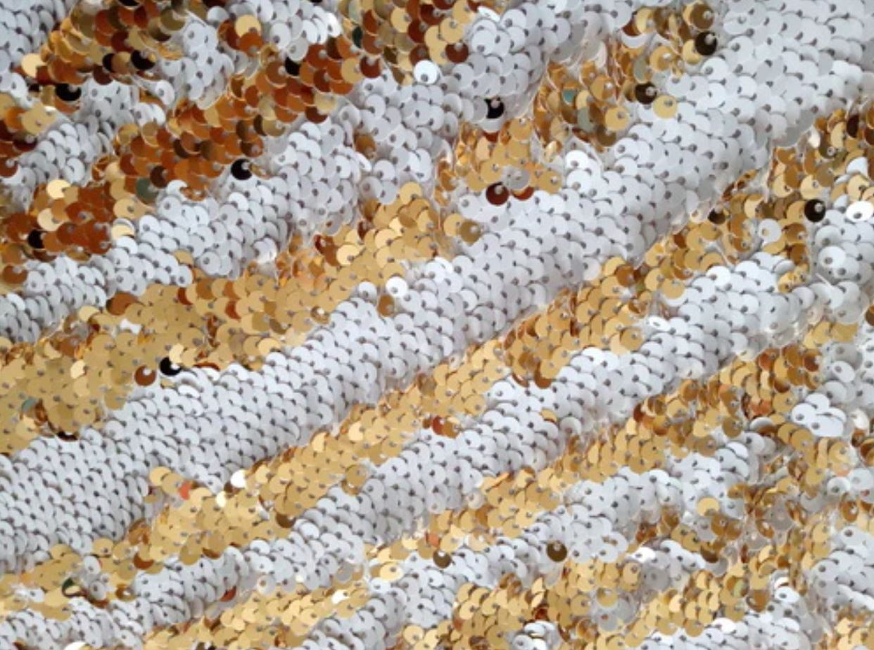 **Gold White Multi-sparkle 8' x 8'