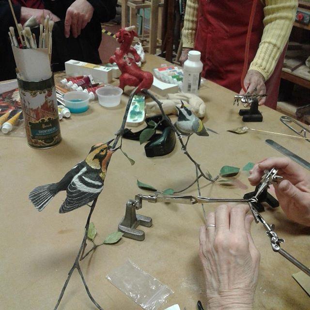 Sue, making feet for her warbler, this morning.  #agblife #ArtsBurlington #Burlon #hamont #agb #ArtsBurl #woodcarversandsculptors #woodcarvers #warbler #warblerworkshop