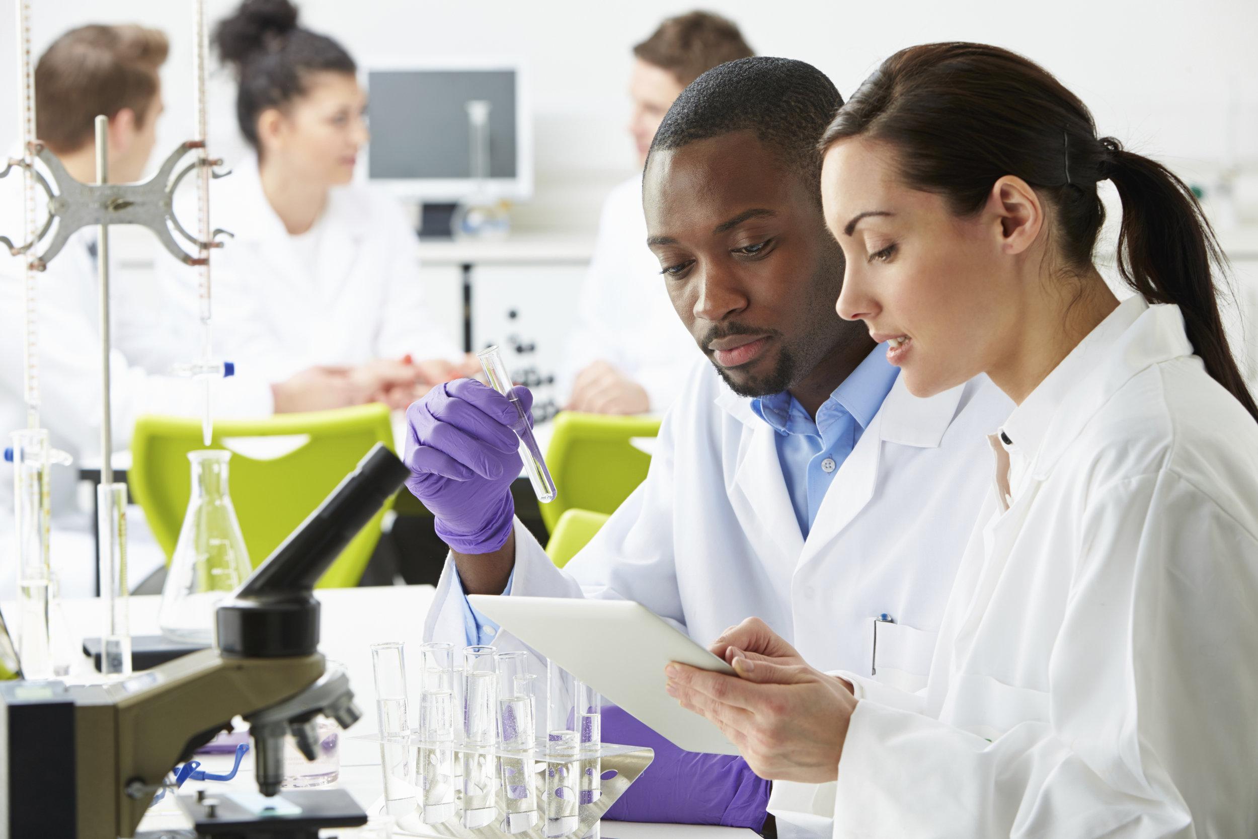 laboratory-analysis-1698816_1920.jpg