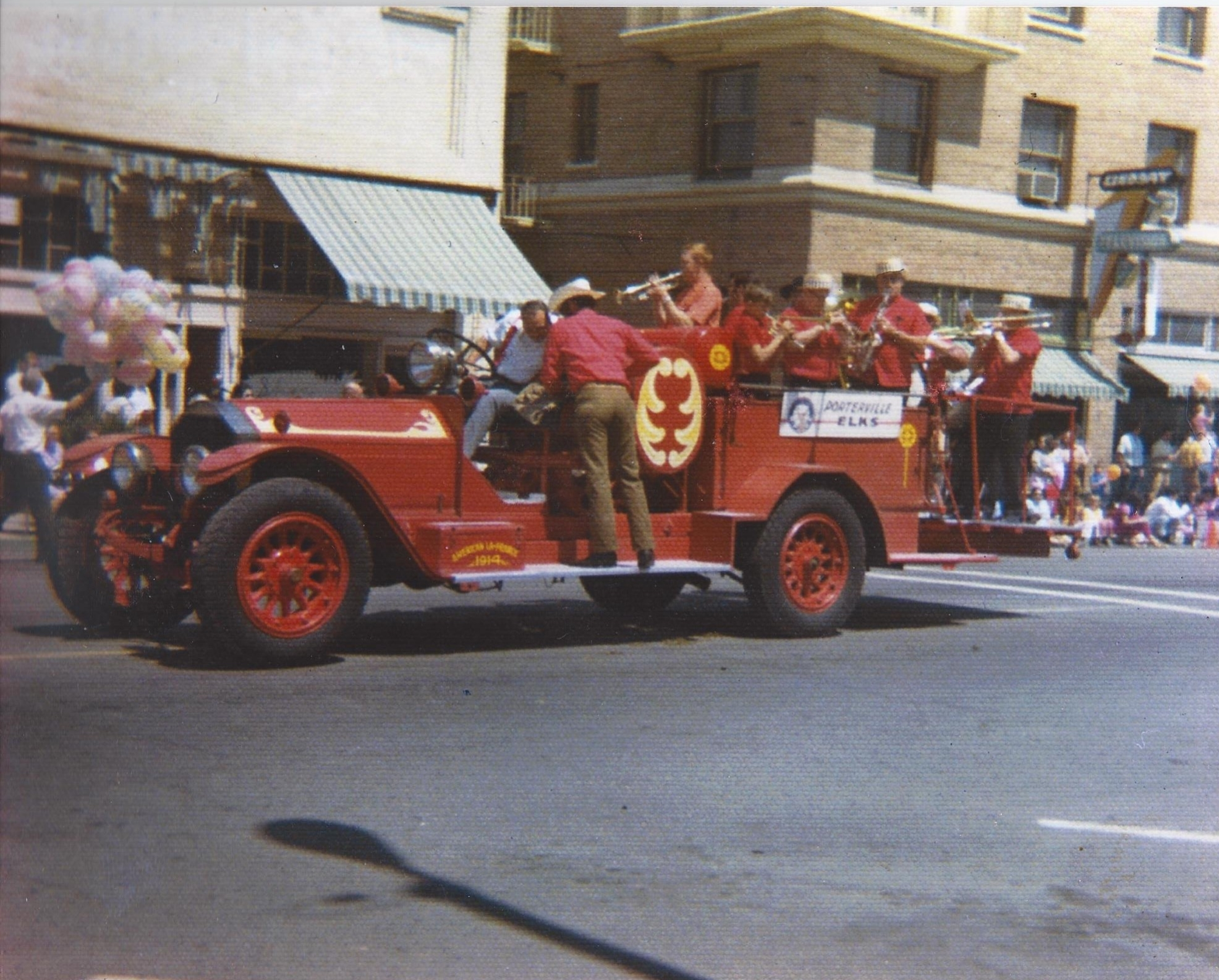 reg#542 orangblossom parade 1970's.jpg