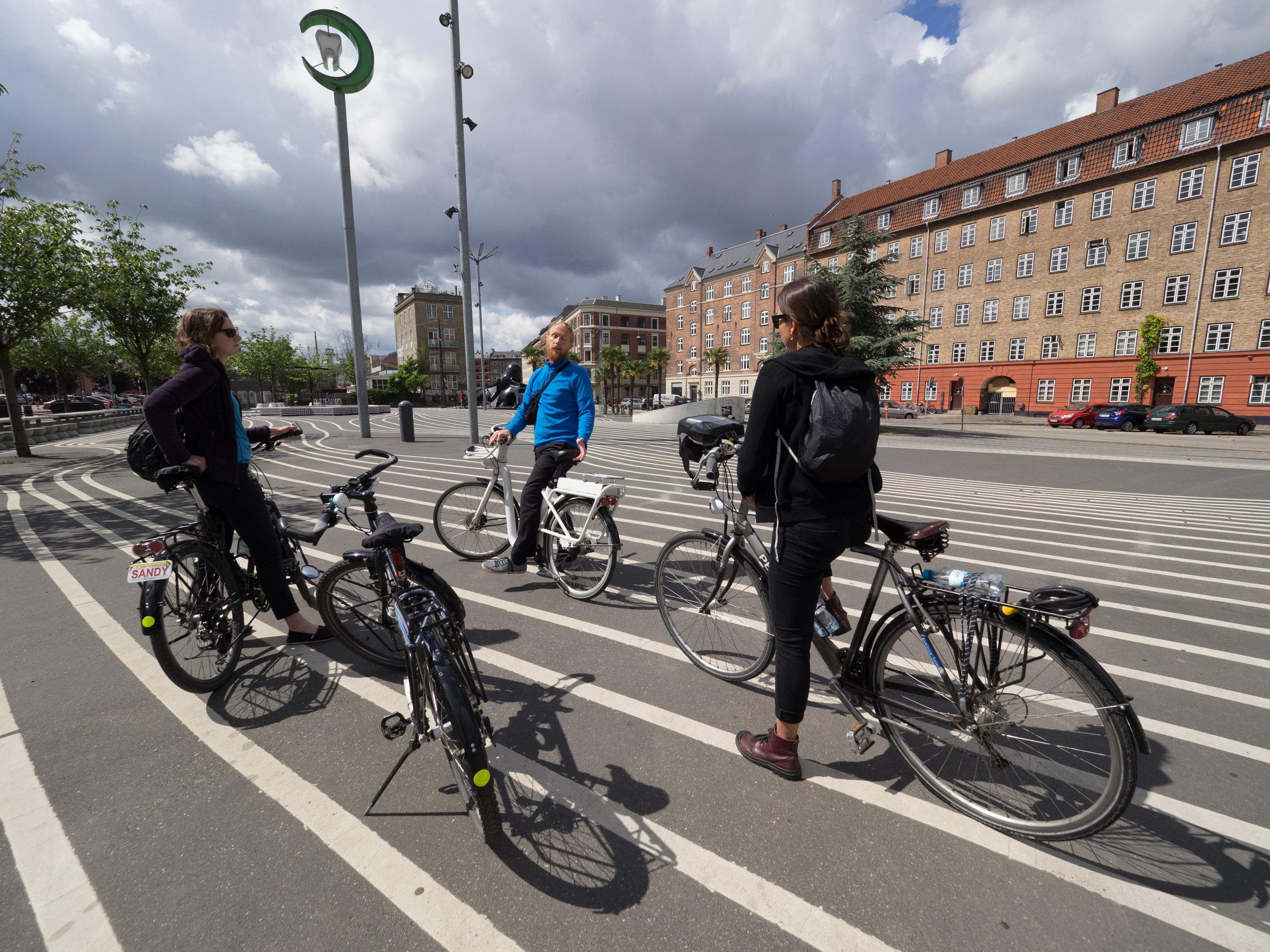 """Der """"Black Market"""" auf der Fahrrad-Schnellstrasse"""