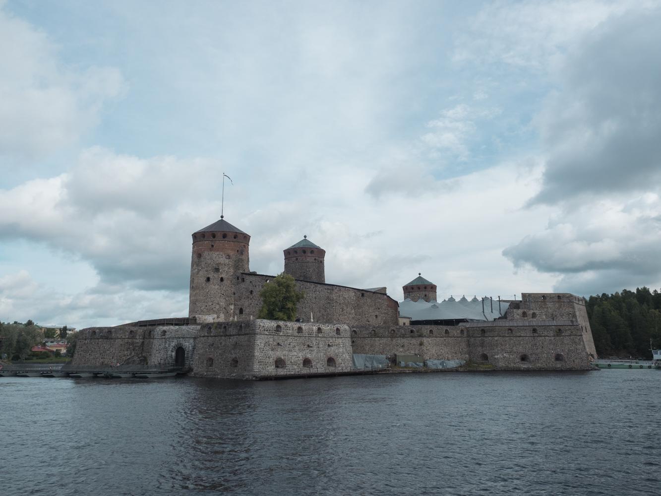 Die Burg Olavonlinna in Savonlinna