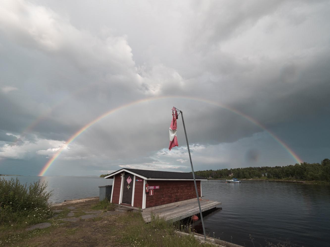 Doppelregenbogen über den Inari See