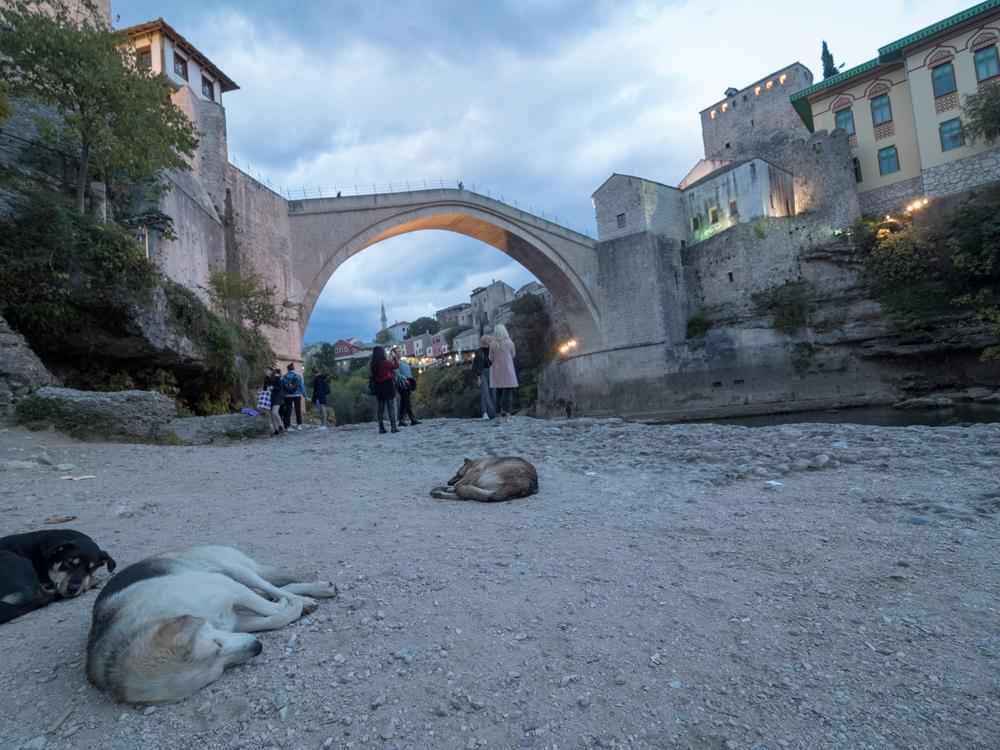 Brücke von Mostar, welche die Islamische von der Christlichen Welt trennt