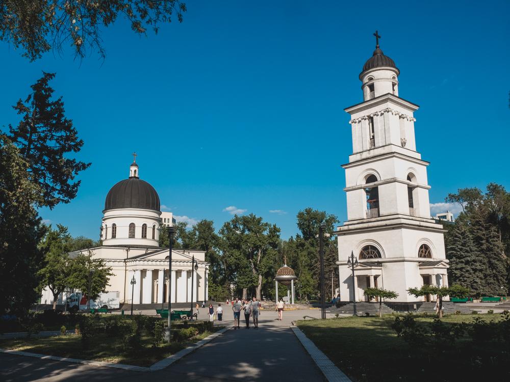 Die Kathedrale ist das Wahrzeichen von Kischinau