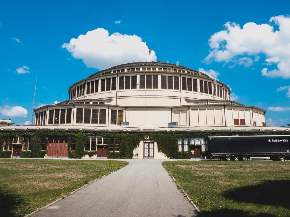 Die UNESCO geschützte Jahrhunderthalle im Brutalism-Stil