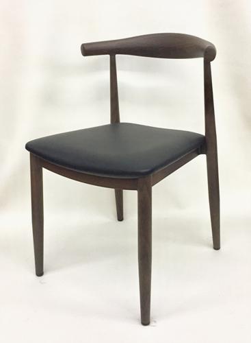 M5680 black seat.jpg