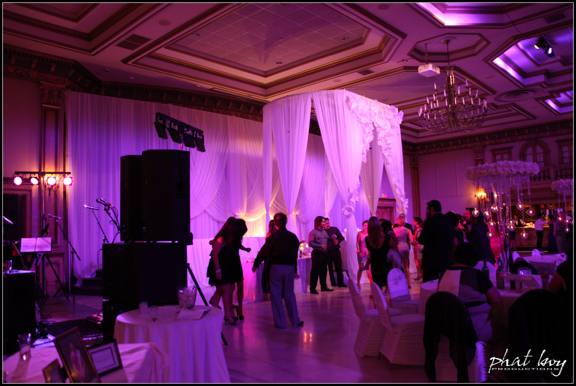 Ted & Mecy - Specialty Lighting - WEB EDITS-1.jpg